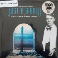 Revolutionary song \ Just a gigolo (RSD 2019) - DAVID BOWIE \ MARLENE DIETRICH